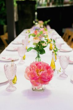 Shades of pink table: http://www.stylemepretty.com/living/2014/06/19/garden-chic-baby-shower/ | Photography: Milou & Olin - http://www.milouandolin.com/