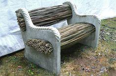L'idée déco du dimanche : un banc de jardin avec du béton et des brindilles…