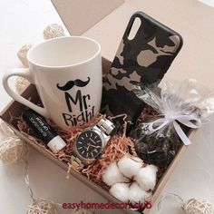 Over 100 romantic DIY Valentine& Day gifts for him that your husband will love - Hike n Di . - Over 100 romantic DIY Valentine& Day gifts for him that your husband will love – Hike n Dip - Birthday Gifts For Boyfriend Diy, Diy Valentines Day Gifts For Him, Cute Boyfriend Gifts, Cute Birthday Gift, Diy Gifts For Him, Boyfriend Anniversary Gifts, Valentines Diy, Diy Christmas Gifts, Santa Gifts