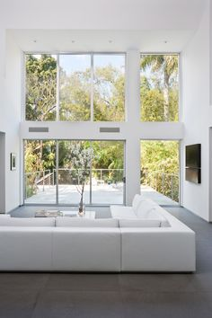 Love these windows. Miami Residence in Florida by Max Strang Architecture