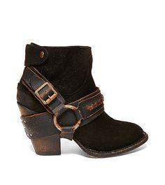 ELPASO: STEVE MADDEN boots