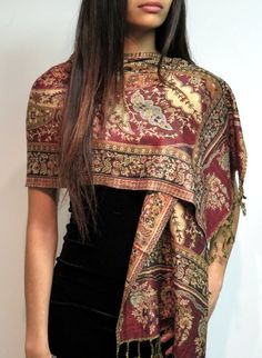 Beauty style elegance in Pashmina scarves in silk pashmina blend