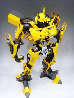 Transformers - Bumblebee Papercraft by Rarra - http://www.papercraftsquare.com/transformers-bumblebee-papercraft-by-rarra.html#Bumblebee, #Transformers