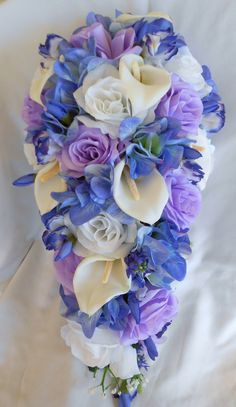 Bridal wedding cascade bouquet, lavender and blue calla lilies,roses and hydrangea 17 pieces teardrop style Hydrangea Bouquet Wedding, Tulip Bouquet, Cascade Bouquet, Bride Bouquets, Bridal Flowers, Send Flowers Online, Lily Wedding, Calla Lily, Purple Calla Lilies