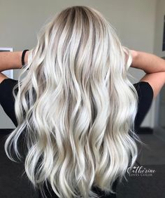 50 Absolutely Stunning Hairstyle Inspirations For You To Look Amazing All The Time hair salon hair styles hairstyles extensions hair hairstyles color hair hairstyles haircuts Pastel Blonde, Dyed Hair Pastel, Hair Color Dark, Ombre Hair Color, Messy Hairstyles, Pretty Hairstyles, Black Hairstyles, Balayage Blond, Hair And Beauty