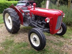Massey Ferguson 35 classic tractor 1961. V5 document .Beautiful condition, starts on the button, ne