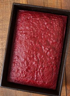 Mini Chocolate Chips, Chocolate Flavors, Easy Red Velvet Cake, Vanilla Sheet Cakes, Liquid Food Coloring, Marble Cake Recipes, Sheet Cake Recipes, Classic Cake, Instant Pudding