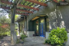 Craftsman home by Bernard Maybeck