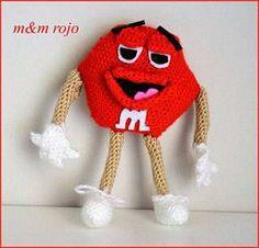 El edén de las mamalidades. M&M rojo. Amigurumi.