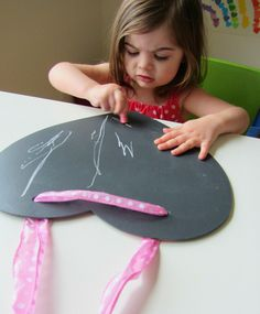 Easy Valentine's Day Craft {Heart Chalkboard}