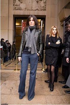 Google Image Result for http://blog.habitual.com/wp-content/uploads/2011/02/Emmanuelle-Alt-Scarf.png