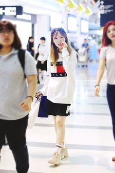Red Velvet Wendy airport fashion at Gimpo Airport [170717]