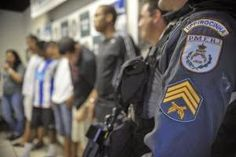 #VerbexCafe: Desarmamento civil e desmilitarização da polícia http://verbexcafe.blogspot.com.br/2014/10/desarmamento-civil-e-desmilitarizacao.html via @thecamilarocha