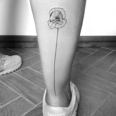 Poppy tattoo designs are gorgeous and very popular mostly among women. The symbolism of the poppy varies greatly from country to country, but most of them share at least one common meanings for this beautiful flower. Rib Tattoos Words, Quote Tattoos Girls, Tattoos For Women, Faith Tattoos, Tattoo Quotes, Music Tattoos, Cute Tattoos, Body Art Tattoos, Sleeve Tattoos