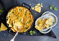 Nachokuorrutettu kanavuoka - Reseptit - Arla Tex Mex, Cheddar, Quiche, Macaroni And Cheese, Chili, Curry, Cooking, Breakfast, Ethnic Recipes