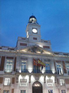 La Puerta del Sol... de noche es preciosa. Por Aitor Navarro Medina, @Aitor_telini