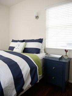 Navy Striped Duvet from West Elm via @apartmenttherapy