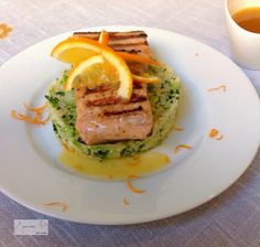 Salmón A La Naranja con  Cous Cous Y Brócoli