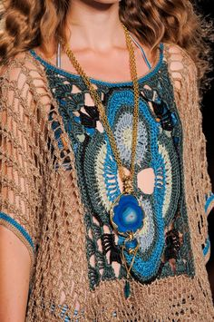 184 details photos of Anna Sui at New York Fashion Week Spring 2014.