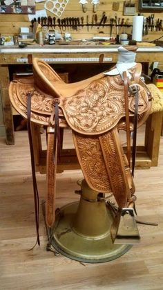 #Saddle Fitting with MT Saddlery.:: #CavvySavvy.com - We Know Working #Horses