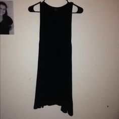 Don't need it anymore. Worn once, from Zara! Super cute & easy to accessorize. Zara Dresses Midi