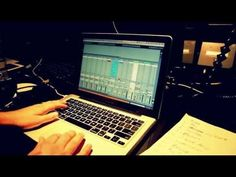 Ableton Live Controlling Lights, Lyrics, Videos and Clicks + Loops