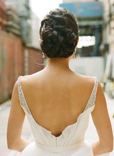 Photography: Jenny Kim - www.jennykimphoto.com/  Read More: http://www.stylemepretty.com/2015/03/06/multi-cultural-brooklyn-loft-wedding/