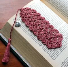 Crochet bookmark dusty rose heart charm on the tassel by Draiguna
