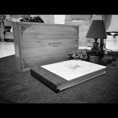 "1,165 Suka, 1 Komentar - Handmade Album & Custom Box (@kasmaran.id) di Instagram: "". . . #love #alhamdulillaah #weddingalbum #weddingbox #weddingindonesia #preweddingindonesia…"""