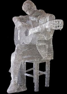 ~When I so desperately needed a paper clip--now I know where they all went Paper Clip Sculptures by Pietro D' Angelo
