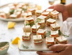 Smoked Salmon Appetizer fantastic for gatherings - no fiddly assembly, served at room temperature, looks elegant and tastes SO GOOD! Fancy Appetizers, Appetizer Dips, Appetizer Recipes, Baby Shower Food Easy, Comida Para Baby Shower, Smoked Salmon Appetizer, Lemon Salmon, Recipetin Eats, Potato Skins