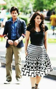 Srk and Kajol, Kabila outfit Bollywood Outfits, Bollywood Couples, Bollywood Stars, Bollywood Fashion, Bollywood Actress, Nice Dresses, Casual Dresses, Casual Outfits, Fashion Outfits
