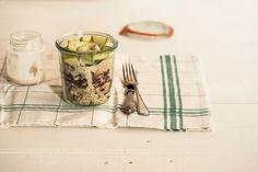 Salada 7 grãos com frango | Receita Panelinha:   Esta salada tem 7 grãos e mil e uma vantagens. Entre elas: é nutritiva, tem crocância, é fácil de fazer e fica linda!