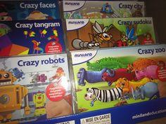 Crazy robots elegido mejor juguete 2015, juego magnético de asociación, con imaginación y locura puedes combinar las piezas de mil maneras!!! Ideal para llevar en el coche estas vacaciones, disponible en nuestro centro... No te quedes sin él!!!