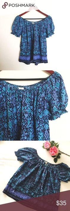 """Joie silk blue print off the shoulder top blouse Beautiful 100% silk blue  geometric print off the shoulder top by Joie. Size XS. Fits slightly lose. Stretchy elastic neck/shoulder line, can be worn on or off the shoulders. Measures: armpit to armpit 20""""// armpit to bottom seam 14.5"""". Gently worn and in great condition. Please ask questions  Joie Tops"""