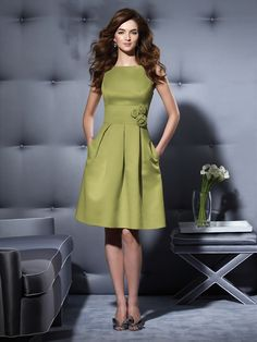 84feb2baf3e MOH Bridesmaid dress  I loved mine  ) In a green color to pop