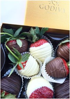 Chocolate Covered Strawberries from Godiva
