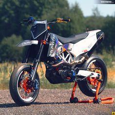 KTM SMC 690 RR – Dario DEE Custom build.