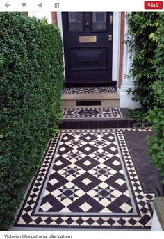 Curb Appeal: Black-and-White Mosaic Tile from London with Love Victorian Mosaic tile path London Curb Appeal ; Gardenista The post Curb Appeal: Black-and-White Mosaic Tile from London with Love appeared first on Outdoor Ideas. Victorian Front Garden, Victorian Front Doors, Victorian Terrace Interior, Victorian Hallway, Victorian Porch, House With Porch, House Front, Victorian Mosaic Tile, Front Path