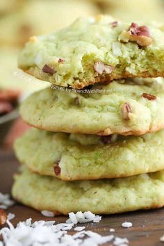 Watergate Cookies - Spend With Pennies If you like Watergate salad, you'll love these Watergate cookies! This family favorite cookie recipe is loaded with pecan, coconut and pistachio and needs just one bowl! Watergate Cake, Watergate Salad, Cookie Recipes, Dessert Recipes, Desserts, Picnic Recipes, Picnic Ideas, Picnic Foods, Favorite Cookie Recipe