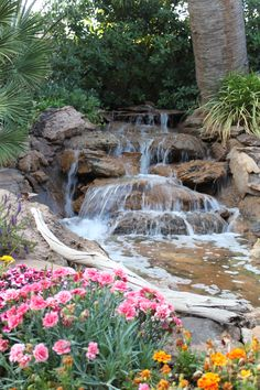 Get our best landscaping ideas for your backyard and front yard, including landscaping design, garden ideas, flowers, and garden design. Backyard Garden Landscape, Pond Landscaping, Small Backyard Gardens, Ponds Backyard, Outdoor Gardens, Backyard Waterfalls, Gravel Garden, Large Backyard, Garden Planters