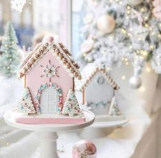 I'm Dreaming Of A Pink Christmas - The bakery - This Christmas pink Gingerbread house has my heart!- See more pink Christmas ideas on B. Pink Christmas Decorations, Christmas Desserts, Christmas Treats, Christmas Baking, Christmas Cookies, Christmas Recipes, Christmas Gingerbread House, Noel Christmas, All Things Christmas