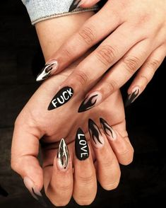 Sharp Nails, Edgy Nails, Grunge Nails, Trendy Nails, Stylish Nails, Black Nails, Halloween Acrylic Nails, Best Acrylic Nails, Witchy Nails