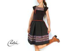 Knielange Kleider - ♥ freya ♥ knielanges kleid in braun mit spitze - ein Designerstück von RotYve_Mode bei DaWanda