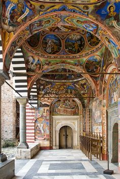 Rila Monastery, the largest and most famous monastery in Bulgaria (by Tovsla).