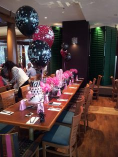 Th Birthday Decoration For Head Table Balloonname Balloon - Table decoration ideas for 18th birthday