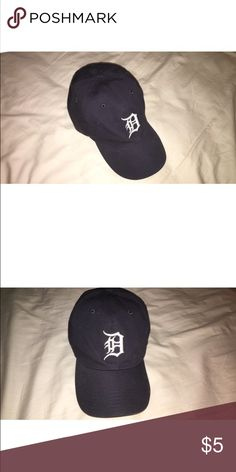 detroit tigers hat old hat i never wear anymore- but so cute for summertime!! perfectly worn in Accessories Hats