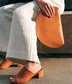 Fashion Accessories | rounded clutch | slipon sandals | natural leather | camel | orange | summer accessories @monstylepin