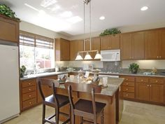 Pop quiz: what's your kitchen remodel personality? Answer these questions about the way your household uses the kitchen, then see the analysis in your result to help you generate design ideas. Via thesnug.com