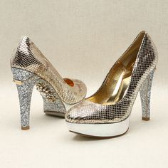 Gold round pumps with silver platform by Kyumbie